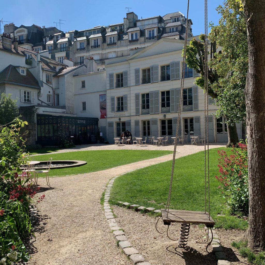 Musee de Montmartre cafe