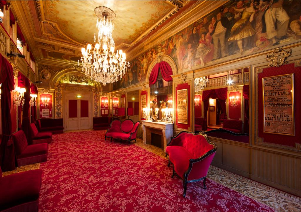 Theatre du Palais Royal Paris Seamstress