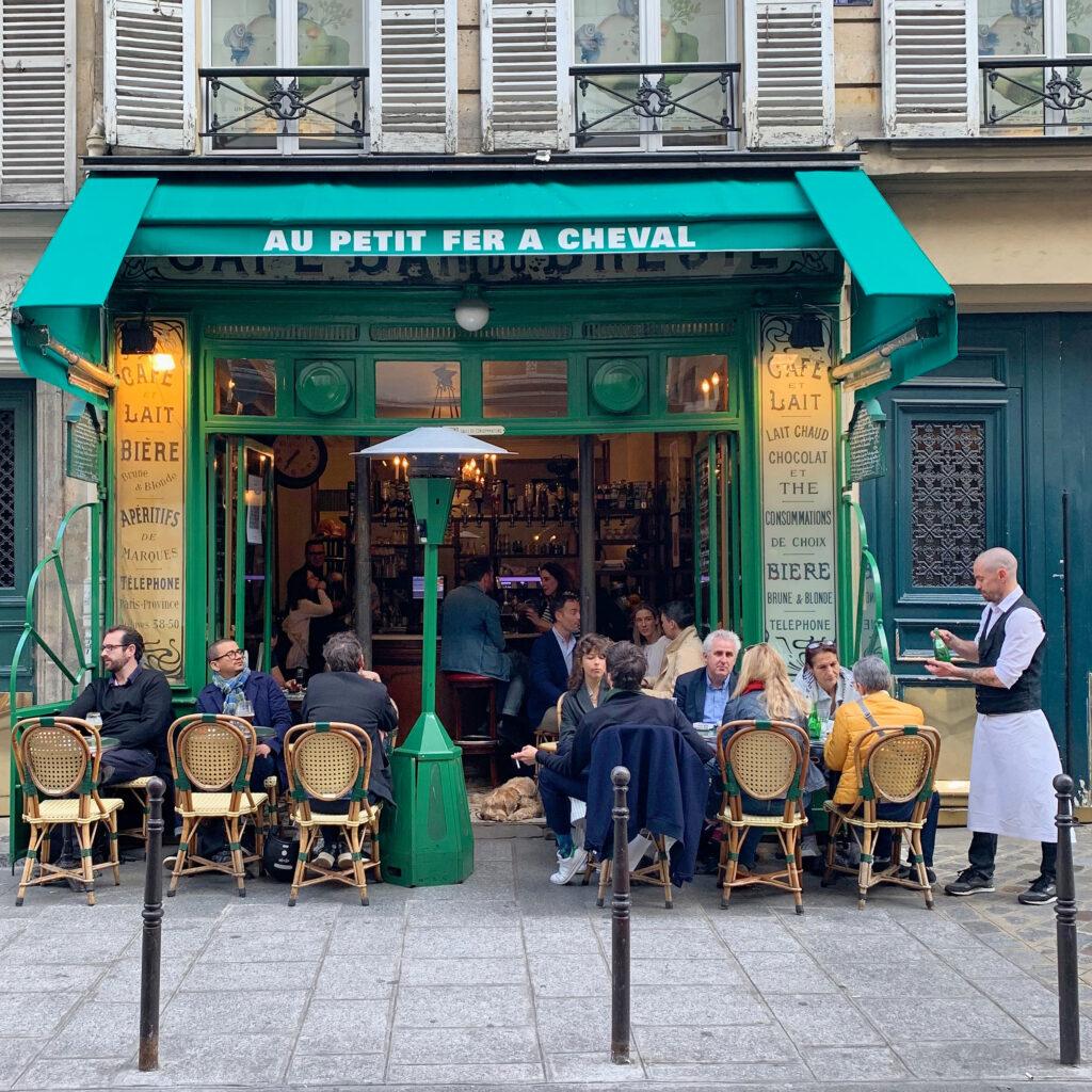 Paris terraces Au Petit Fer a Cheval