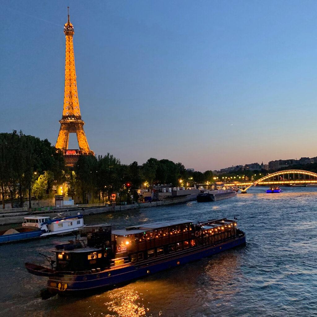 Le Calife Paris dinner cruise