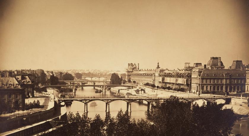 Pont des Arts history