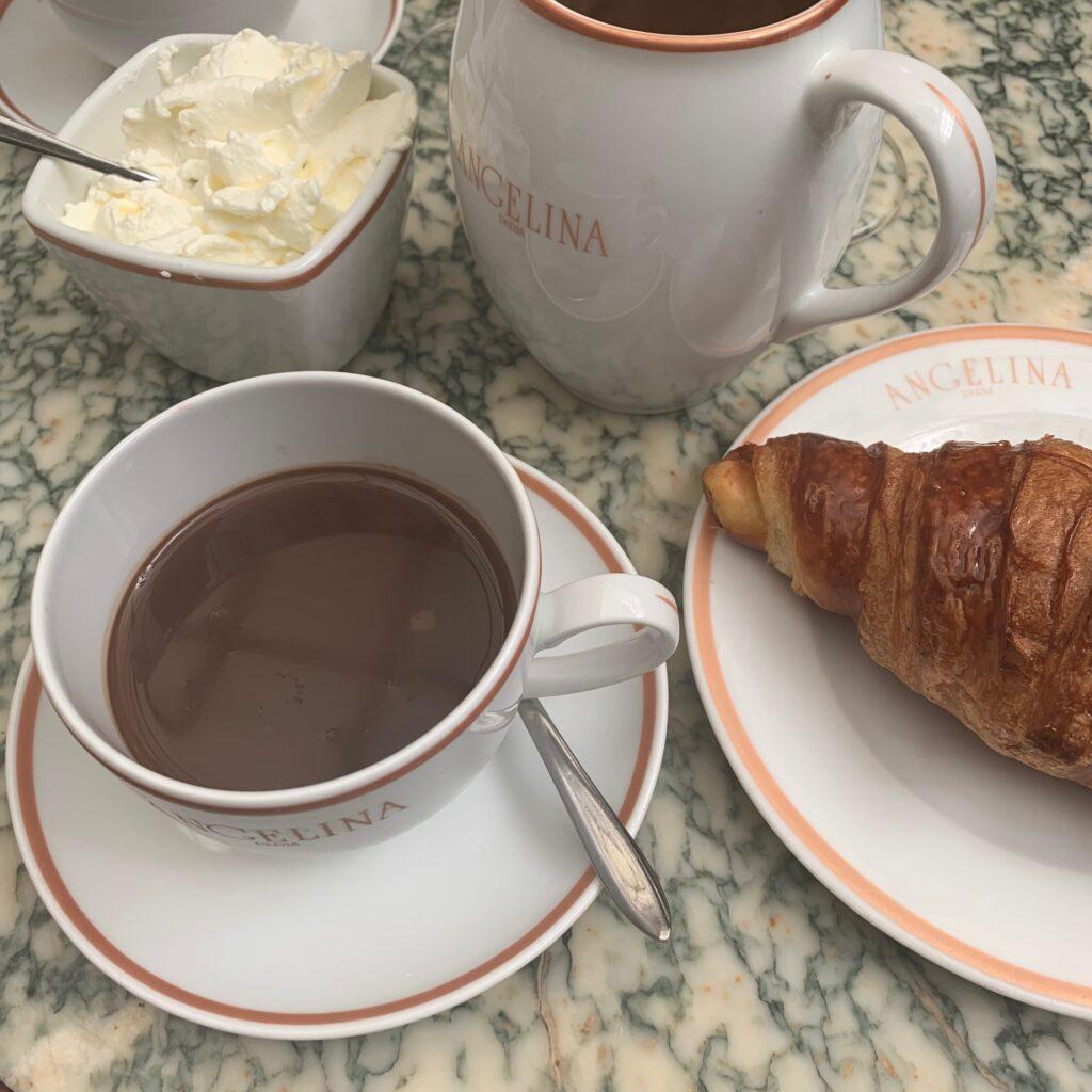 Angelina Paris Chocolat Chaud