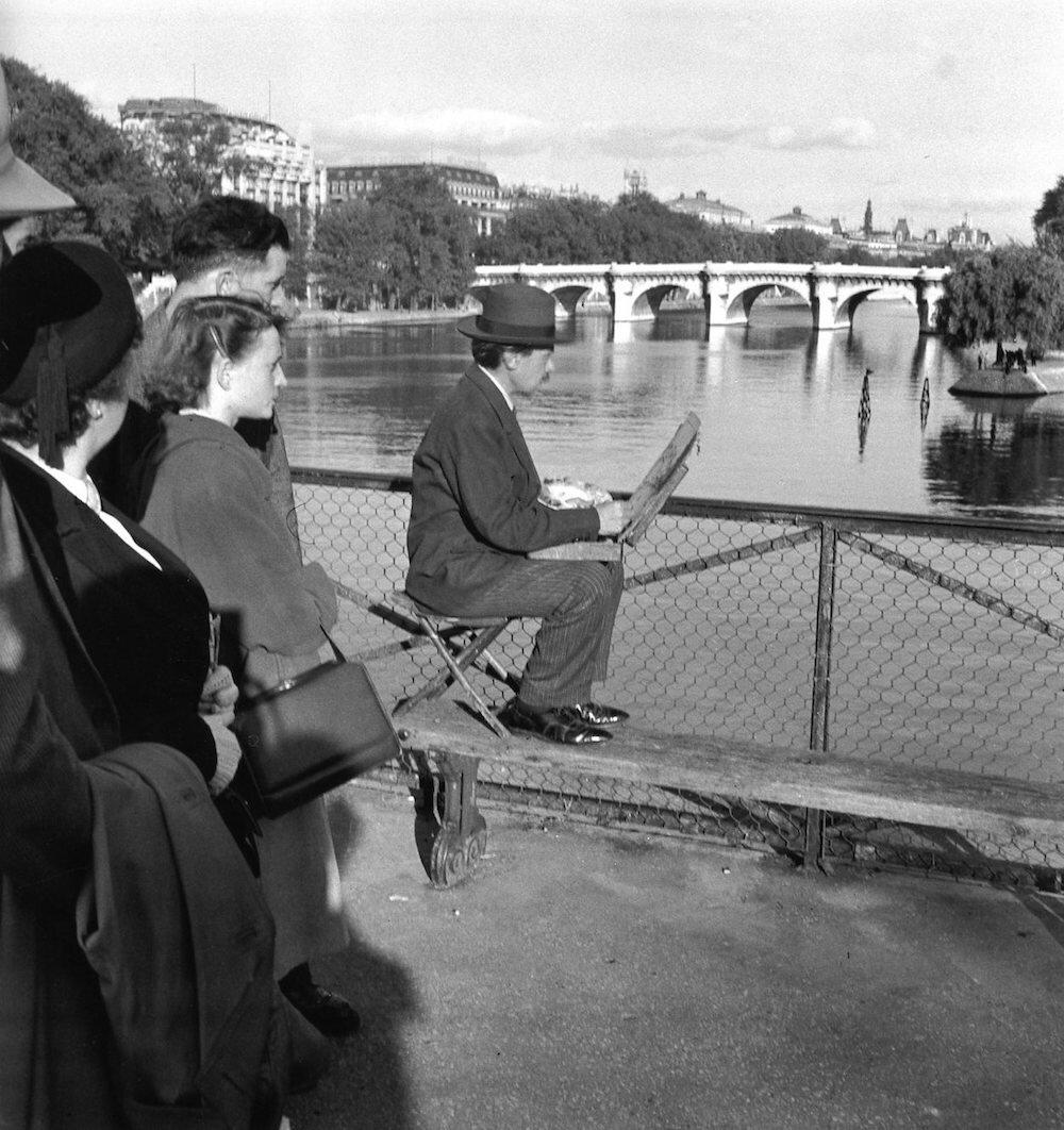 Edouard-Boubat-Pont-des-Arts-Painter-Paris-1948