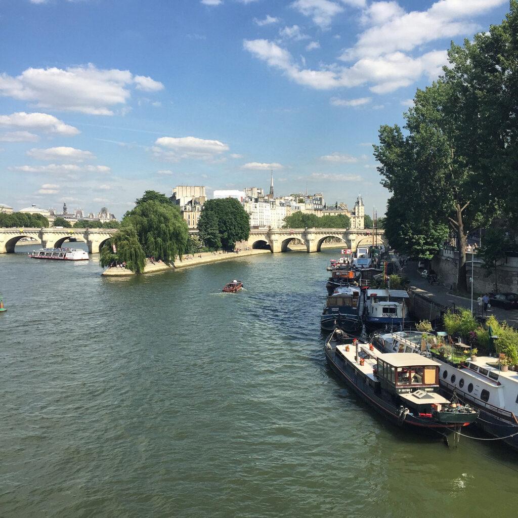 Pont des Arts view