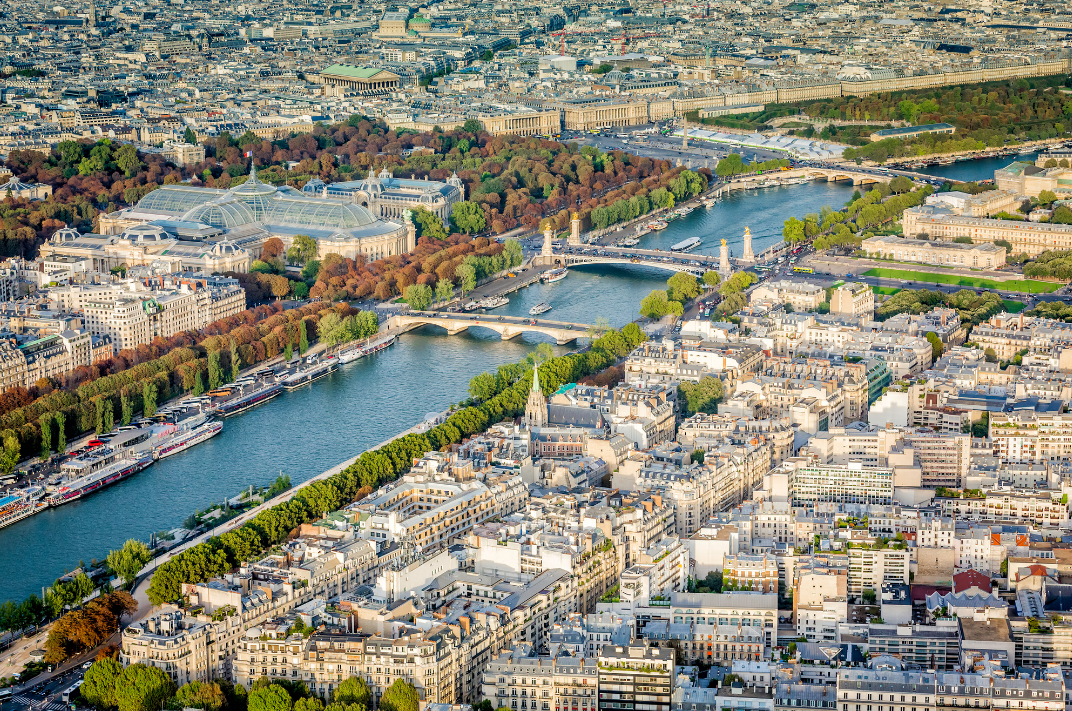 Seine-view-from-Eiffel