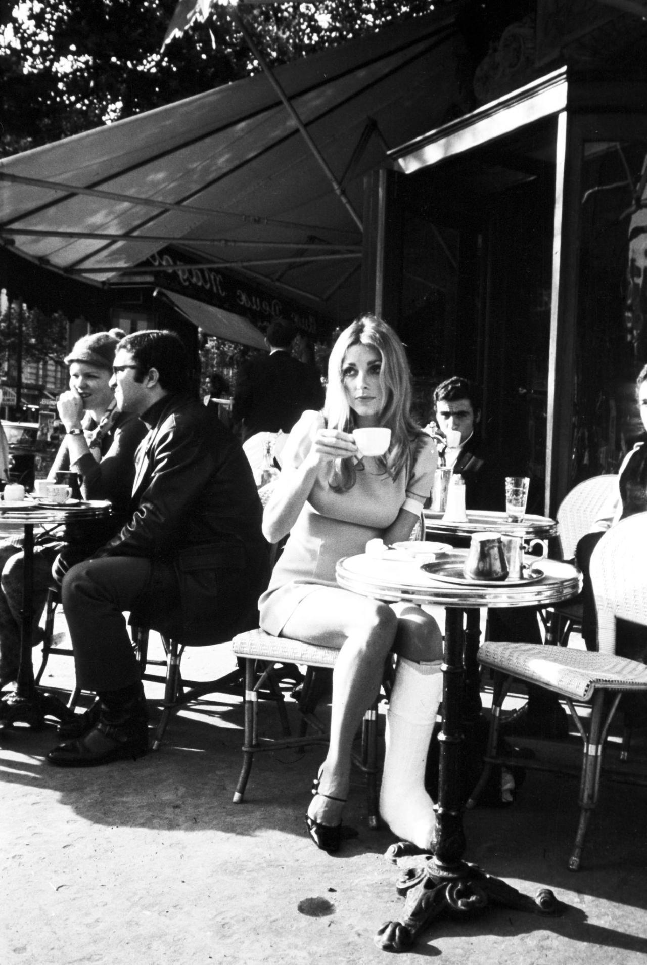Sharon-Tate-Paris